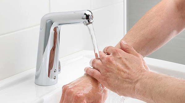 By eliminating the need to touch the faucet, smart faucets prevent pools of bacteria from accumulating around it, limiting the spread of germs by 85%.