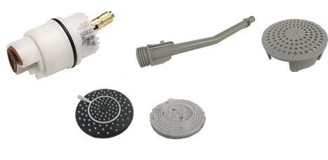 Příklady bateriových částí, které používají technický plast POM.