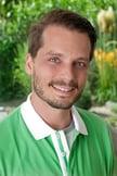 El doctor en medicina Adrian Busen es especialista en medicina interna y en medicina general. Foto: Consulta médica del doctor Münster