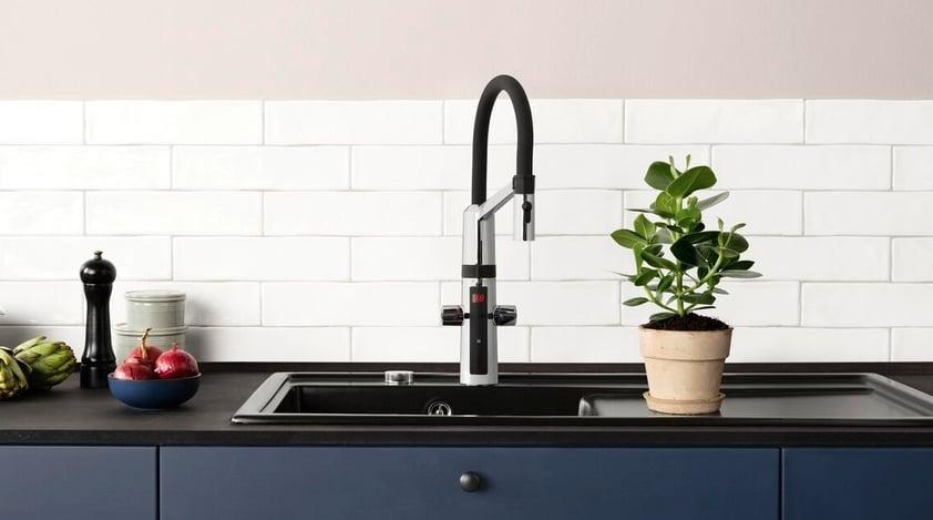 Quando si sceglie un miscelatore per la cucina o per il bagno, considerare se è necessaria o meno una valvola per lavastoviglie.