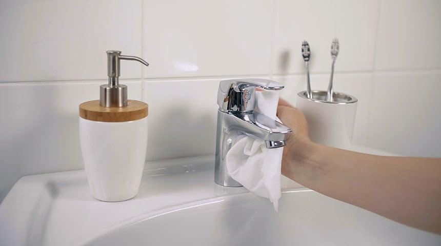 La meilleure façon d'entretenir votre robinetterie et de la conserver comme neuve
