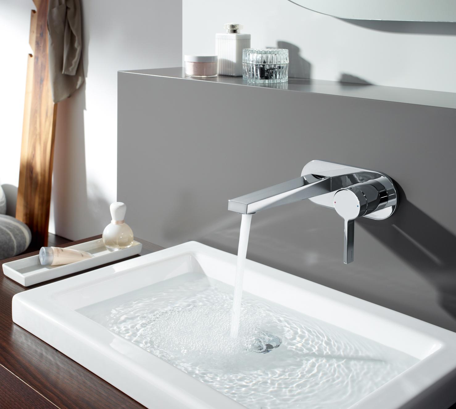 Designstarkes Statement überm Waschtisch